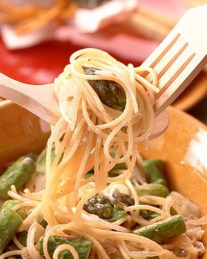 アスパラ&アンチョビースパゲティ