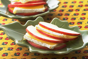 りんごのカマンベールチーズサンド