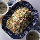 えび、卵、白菜の葉の炒飯