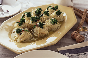 菜の花の冷たいスパゲティ