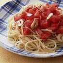 フレッシュトマトと赤唐辛子のスパゲティ