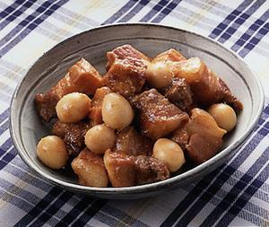 豚バラ肉とうずら卵の甘辛煮