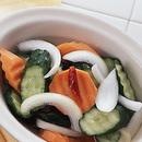 にんじんときゅうりのピクルス風サラダ