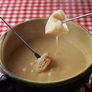 スイスのチーズフォンデュ