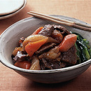 牛肉と野菜の煮込み