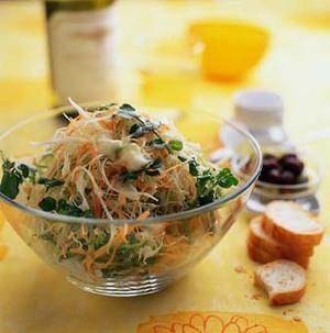 いろいろ野菜のせん切りサラダ