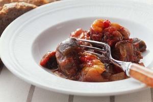 牛もも肉と野菜のトマトオーブン煮