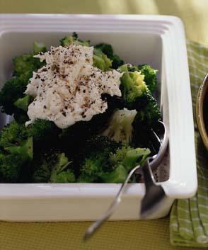 ブロッコリー&チーズクリームのサラダ
