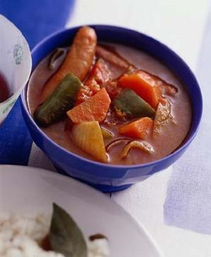 ソーセージと野菜のトマト煮
