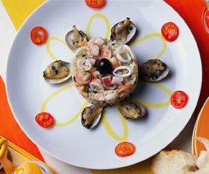 海の幸のライスサラダ