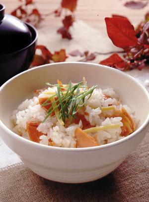 焼き鮭の炊き込みご飯