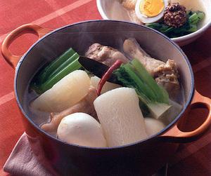 大根と鶏肉のスープ煮込み