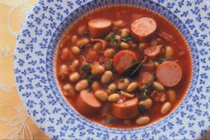 大豆とソーセージのトマト煮