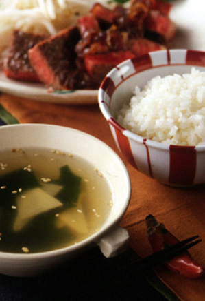 たけのことわかめのスープ