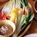 生野菜のアンチョビーディップサラダ