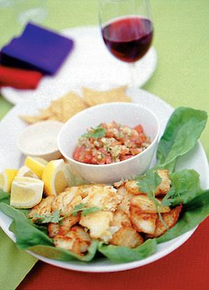 白身魚のソテー  サルサソース添え