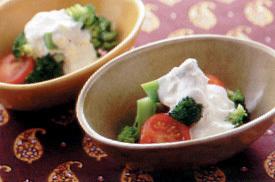 ブロッコリーとプチトマトのサラダ