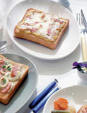 コーン&チーズのとろ~りトースト