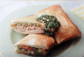 ツナと野菜のホットサンドイッチ
