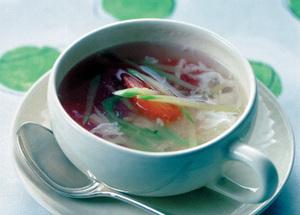 トマトとハムのスープ