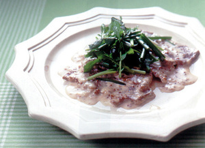 牛肉のソテー クリームマスタードソース