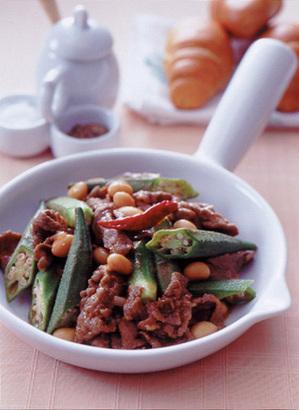 牛肉とオクラのケチャップ煮