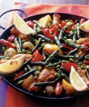 チキンと野菜のパエリヤ