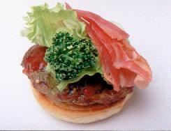 ベーコン+レタスのハンバーガー