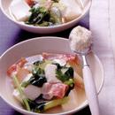 ベーコンとセロリの洋風豆腐スープ