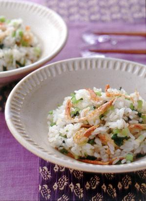 桜えびと野沢菜漬けの混ぜご飯