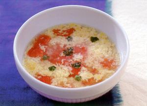 トマトのチーズスープ