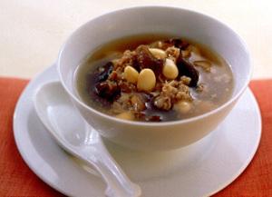 牛肉と大豆の中華風スープ