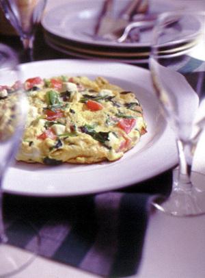 チーズと野菜のオープンオムレツ