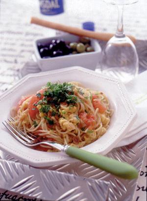 フレッシュトマトと卵のスパゲティ