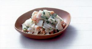 大根とサーモンのマスタード風味サラダ