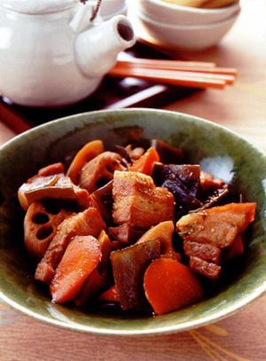 豚バラと根菜の甘辛煮
