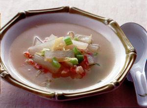 ベーコンと大根のジンジャースープ