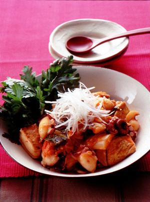 焼き豆腐とたこのキムチ煮