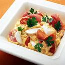 トマトとモッツァレラチーズのスクランブルドエッグ