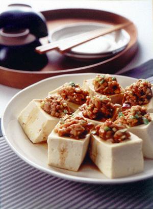豆腐と肉みそのレンジ蒸し