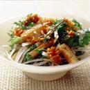 大根と春菊の中華風サラダ