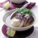 えび入り鶏だんごのタイ風スープ煮