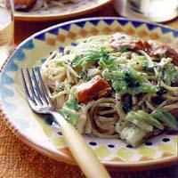 キャベツと甘塩鮭のクリームスパゲティ