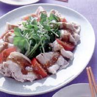 豚肉と根三つ葉のごまみそソース