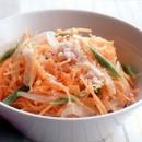 にんじんと玉ねぎのサラダ