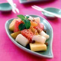 チーズ白玉のフルーツパフェ