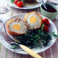 ゆで卵入りコロッケ