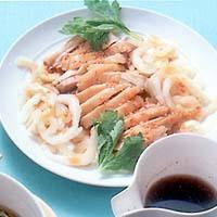 蒸し鶏とセロリのピリ辛サラダ