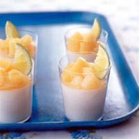 桃のはちみつミルクゼリー