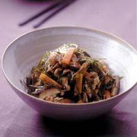 豚肉と昆布の沖縄風煮